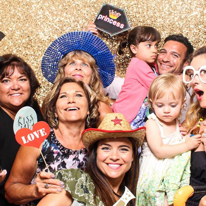 The Modern Photobooth in East Meadow, NY | Free Quote | Kidlistings