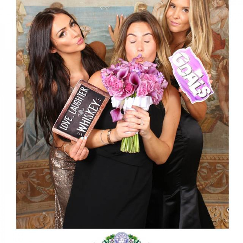 Capture POD New York Photo Booth Rentals in Manhattan, NY | Free Quote | Kidlistings