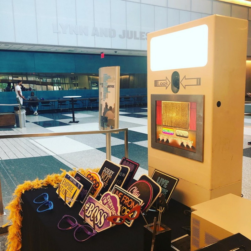 Royal Photo Booth in Manhattan, NY   Free Quote   Kidlistings