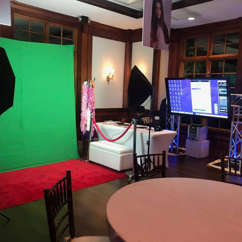 Ovation Photo Booth in Carle Place, NY | Free Quote | Kidlistings
